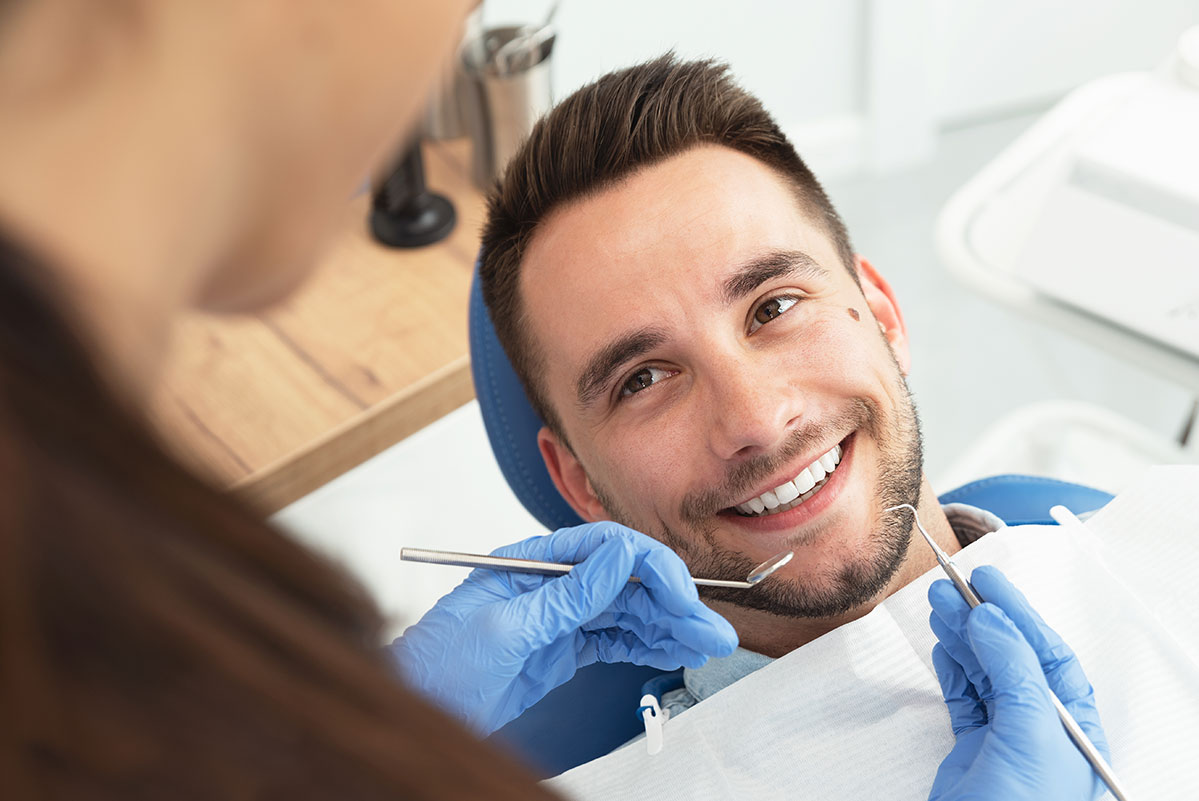 What is a Crowded teeth, Symptoms, and Treatments